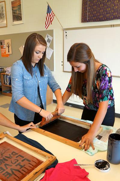 Lutheran-West-Art-Class-Silk-Screen-T-Shirts--September-2012--56.JPG