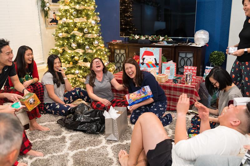 20191225_christmas-ho-family_047.jpg