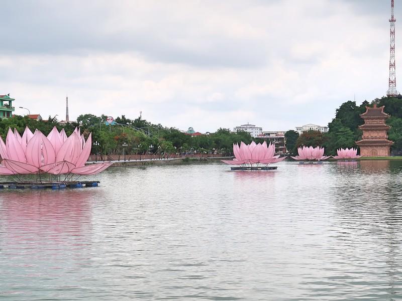 IMG_2223-lotus-lake.jpg