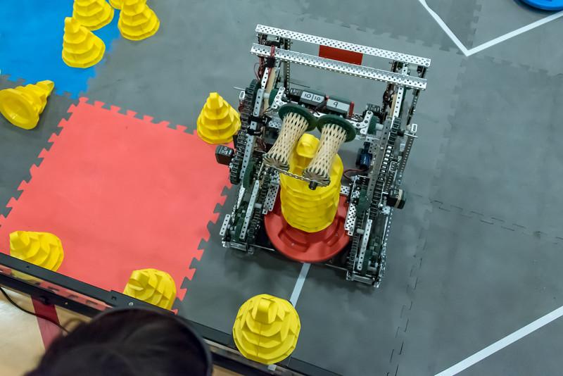 RoboticsCompetition_012018-170.jpg