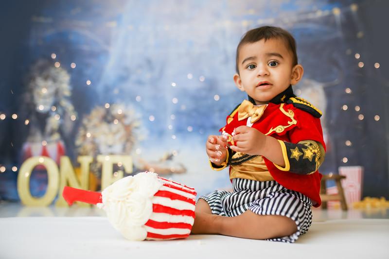 newport-babies-photography_pumpkin_cakesmash-7966-1.jpg