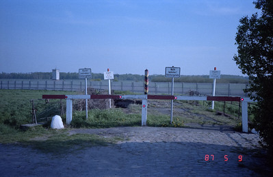 Another view of the railway ending at the border to the DDR.