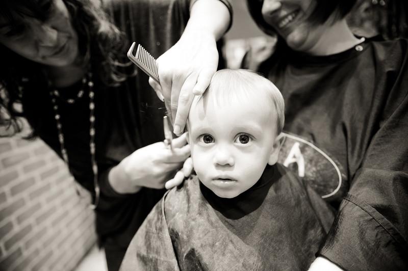 Milos first haircut-7.jpg