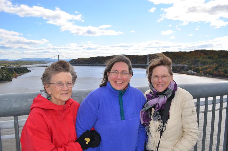 Hildegard, Leslie and Jenny