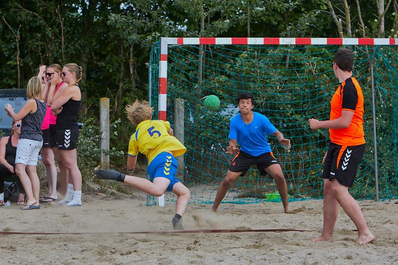 Molecaten NK Beach Handball 2015 dag 2 img 090.jpg