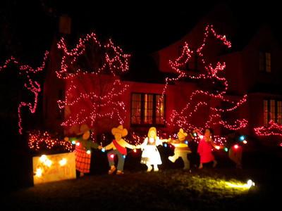 2009-12-25 Christmas Tree Lane, Palo Alto CA