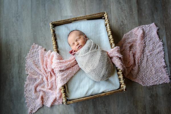 Flynn Newborn