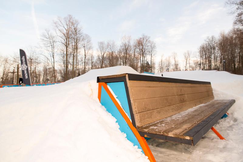 Kick-Off-2014_Snow-Trails-128.jpg