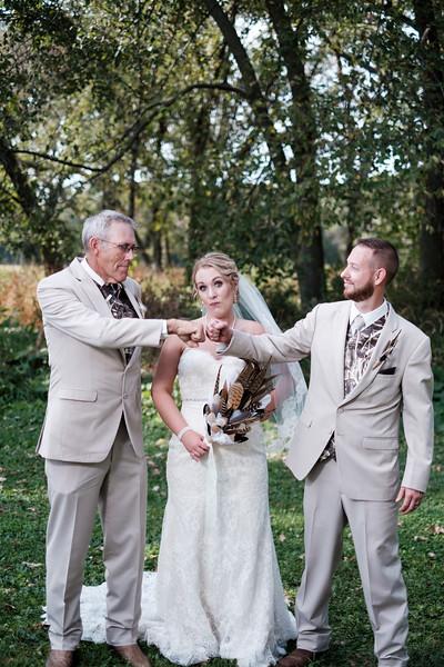 Christin & Jim's Old Coon Creek Wedding