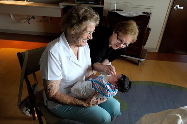 6/13/12 Gandma Dorothy, Papa Dean, Great Grandma Sanders meeting Norah and Daddy