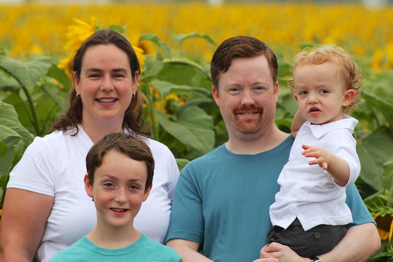 FamilySunflowers_ 132.jpg
