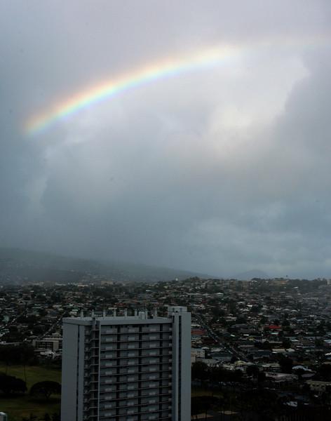 20080406- Hawaii 11- Foster and Rainbows DSC_2357 Rainbow.jpg