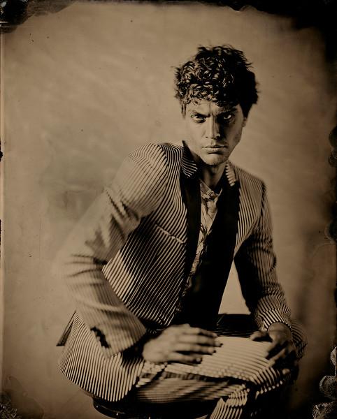 Hair-Stylist-Damian-MOnzillo-Celebrity-Creative-Space-Artists-Management-Magazine-Fashion-SPIRIT-FLESH-JAMES-WEBER-(1).jpg