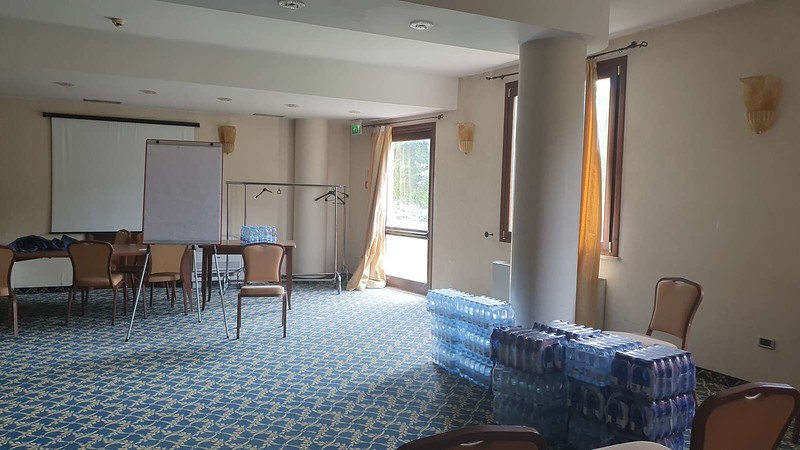 010 -  ROMA DOMUS HOTEL - MEETING ROOM - LARGE.jpg
