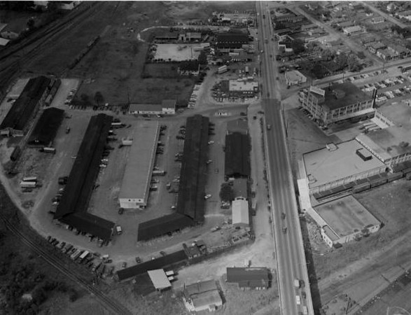 farmers market-1953.jpg