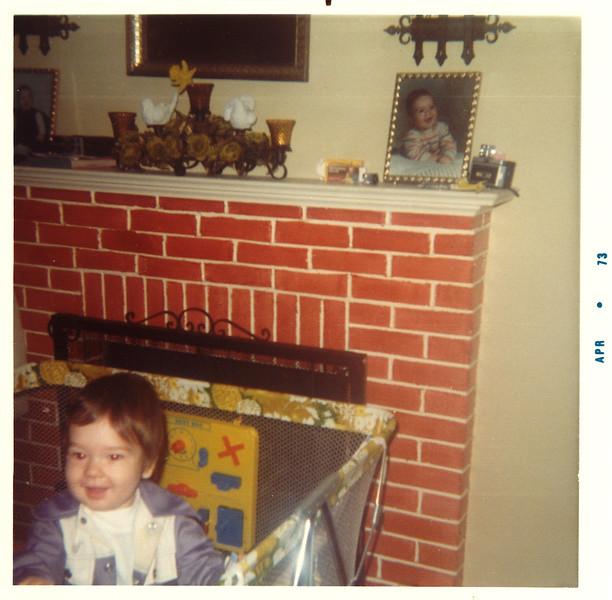1973_aaron_in_crib.jpg