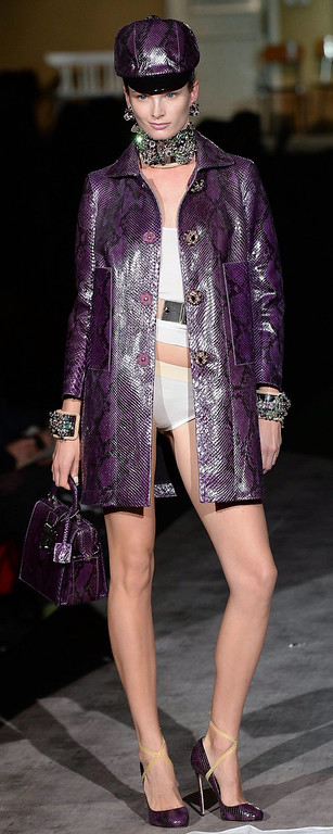 . A model presents a creation from the Fall/Winter 2014/2015 Women\'s collection of the label Dsquared2 during the Milan Fashion Week, in Milan, Italy, 24 February 2014. The Milano Moda Donna runs from 19 to 24 February.  EPA/DANIEL DAL ZENNARO