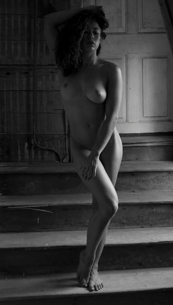 2016 07 Rustic Nude w Tara img_5168.JPG