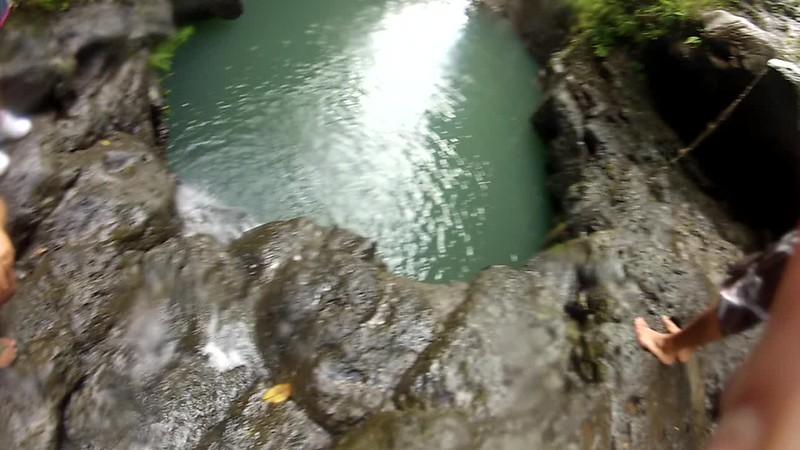 Hawaii - Manana Falls Video-15.MP4
