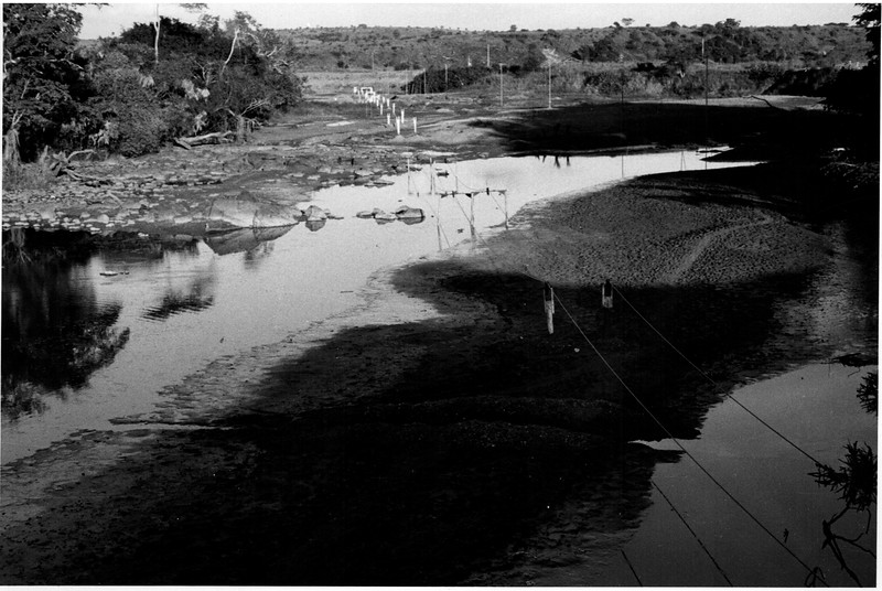 Bed of Luembe River at CATAIL A DIVERSION    março 1963.jpeg