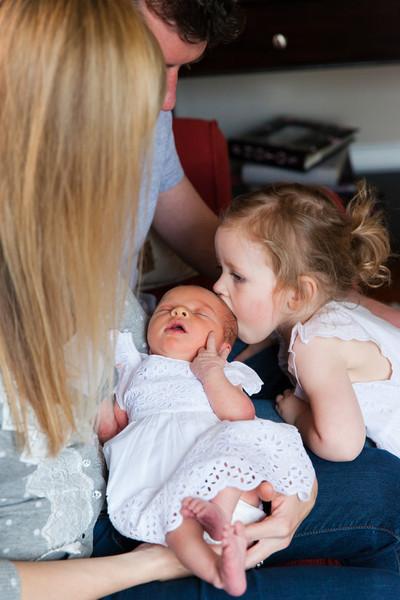 2014.03.30 Whitney Kronforst Newborn Photos 05.jpg
