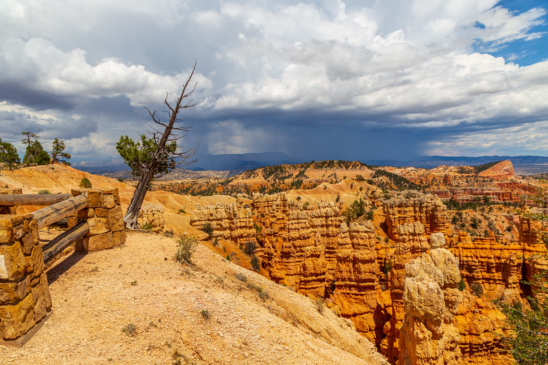 Bryce Canyon in Storm