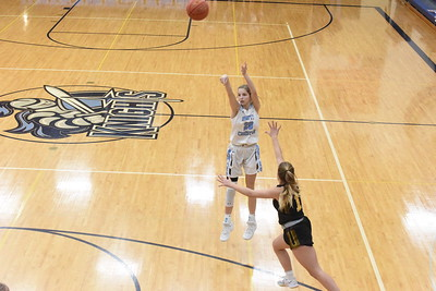 2021-01-19 Hinton @ Unity Chr. (G Basketball)