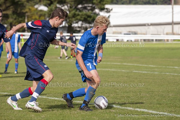 20150509 Football 1st XI HIBs v Tawa College _MG_1861 w WM