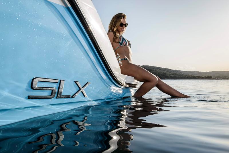 Sea Ray 250 SLX (19).jpg