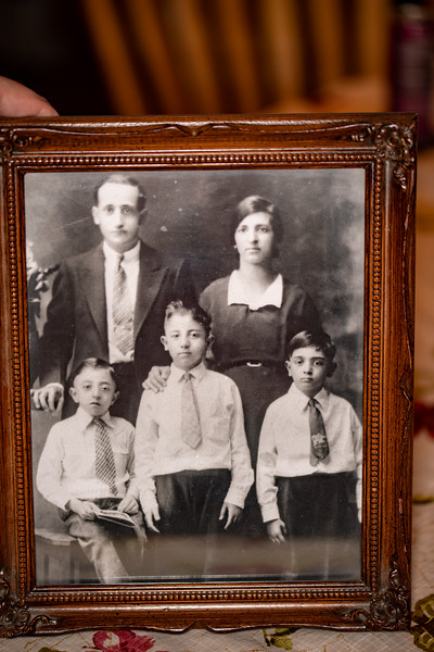 Bill, Patsy(Pasquio), Mom(Teresa LacolinaLugia Spena), Dad(Pietro (Peter)), Tony (Anthony) Magliocco
