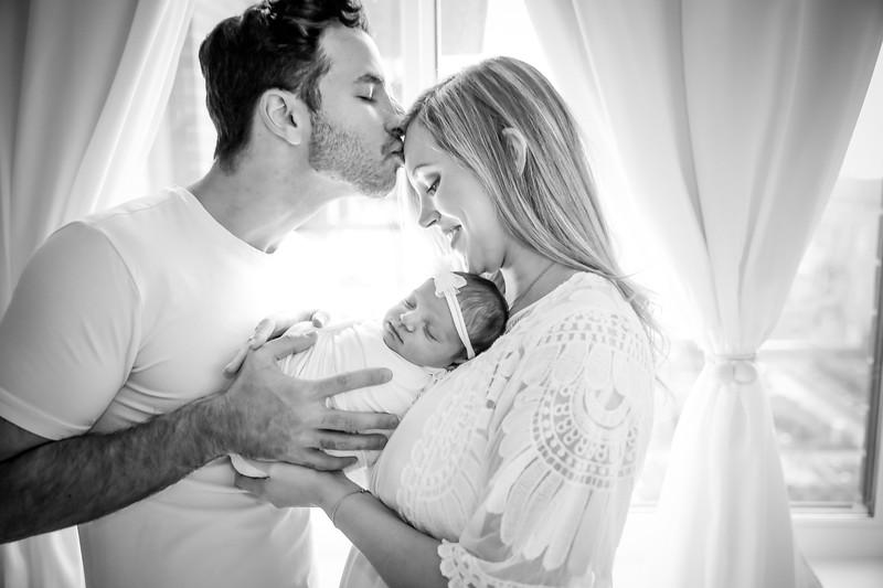 bw_newport_babies_photography_hoboken_at_home_newborn_shoot-4996.jpg