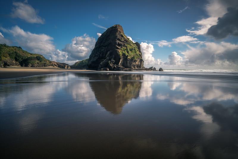 Mirror Beach || Taitomo Island