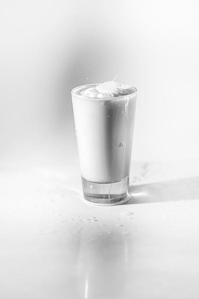 20200208-bw-milksplash-0122.jpg
