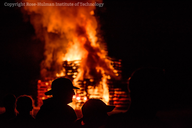 RHIT_Homecoming_2017_BONFIRE-12154.jpg