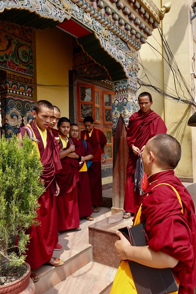 monks at Boudhanath
