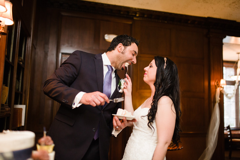 A spring wedding reception held at Rockford's University Club in Downtown Rockford IL.