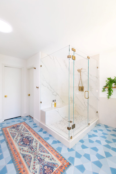 Master Bathroom-5.jpg