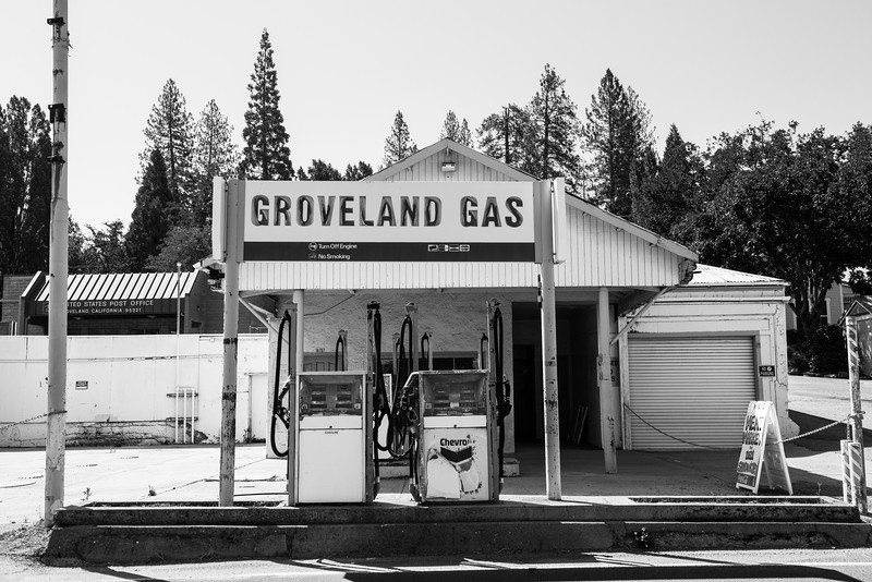 2019 San Francisco Yosemite Vacation 063 - Groveland.jpg
