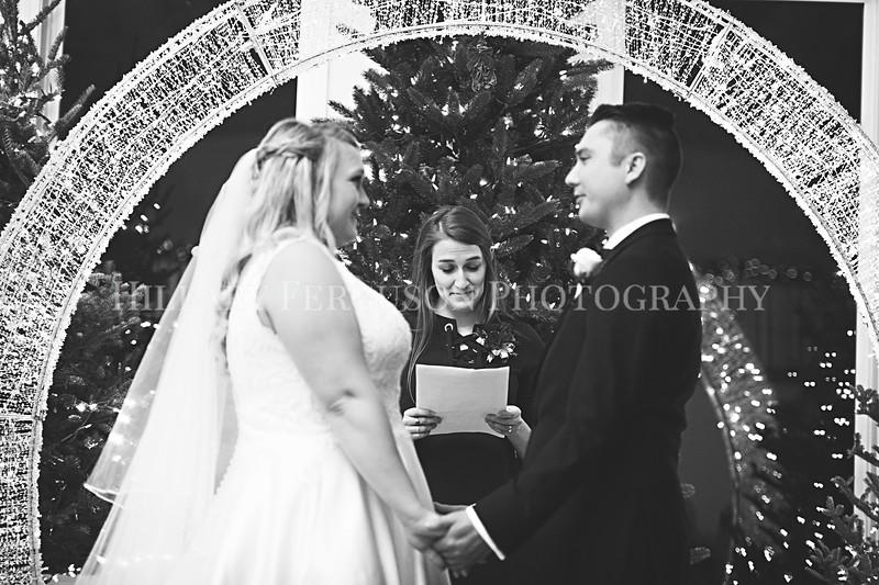 Hillary_Ferguson_Photography_Melinda+Derek_Ceremony075.jpg
