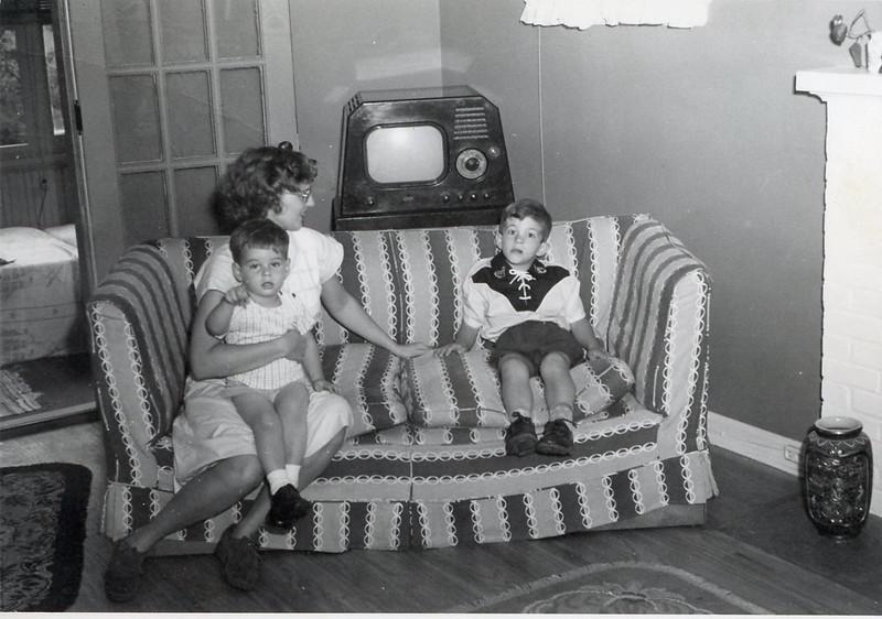 1951 John, Barbara & Bryan Becker.jpg