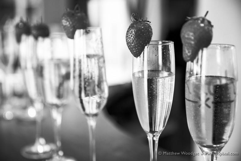 Woodget-140531-295--champagne, strawberry - berries - food, wedding - 10018000 - 10000000 - IPTC-SUBJECT.jpg