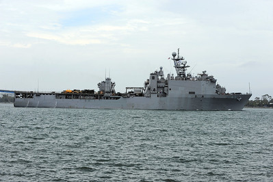 USS Harpers Ferry LSD-49