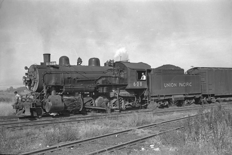 UP_2-8-0_608-with-train_Logan_Oct-18-1947_002_Emil-Albrecht-photo-0232.jpg
