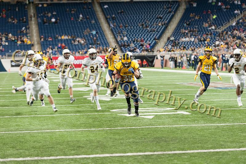 2014 Clarkston Varsity Football vs. Saline 655.jpg