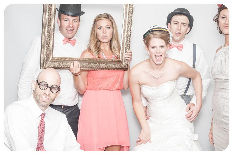 Laura+Ross-Wedding-Photobooth-141.jpg