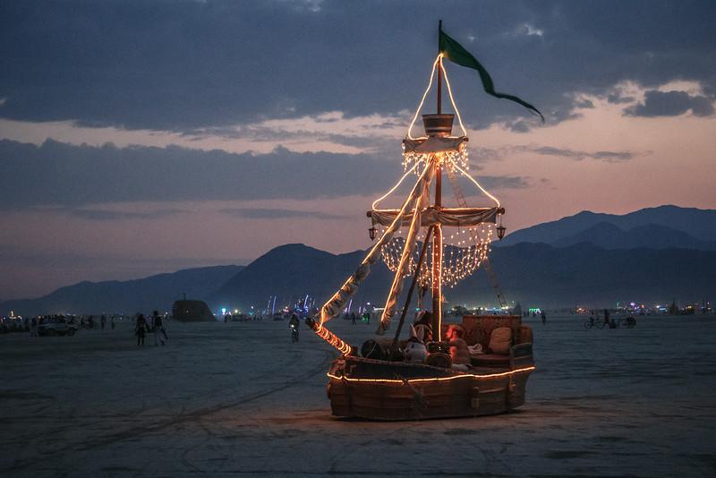 Burning Man 2014-7280.jpg