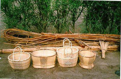 Cestos da LUARTE e atados de junco Camissombo 98