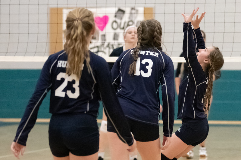 HMS Volleyball 2019-115.jpg