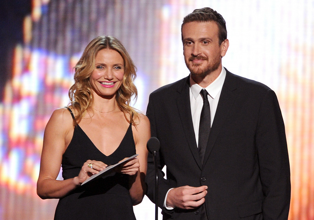 . LOS ANGELES, CA - JULY 16:  Actors Cameron Diaz (L) and Jason Segel speak onstage during the 2014 ESPYS at Nokia Theatre L.A. Live on July 16, 2014 in Los Angeles, California.  (Photo by Kevin Winter/Getty Images)