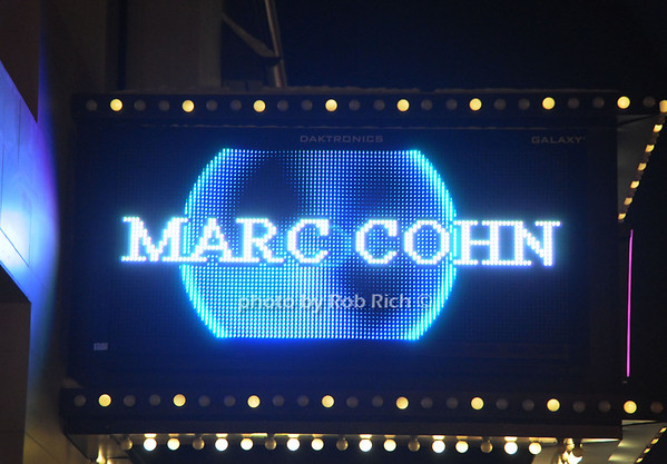 Marc Cohn performs live at the Space at Westbury on 1-24-14. all photos by Rob Rich © 2014 robwayne1@aol.com 516-676-3939